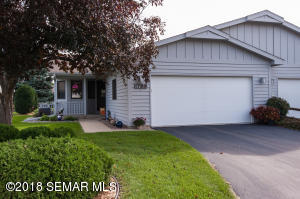 1739 Lakeview Drive SW, Rochester, MN 55902