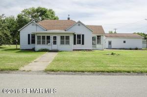 405 Cratte Avenue, Wabasha, MN 55981