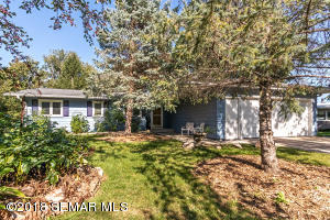 621 Folwell Lane SW, Rochester, MN 55902