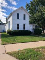 1127 W 5th Street, Winona, MN 55987