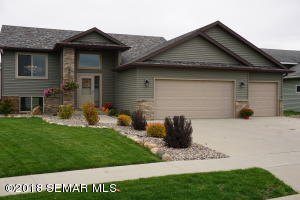 5502 Weatherstone Lane NW, Rochester, MN 55901