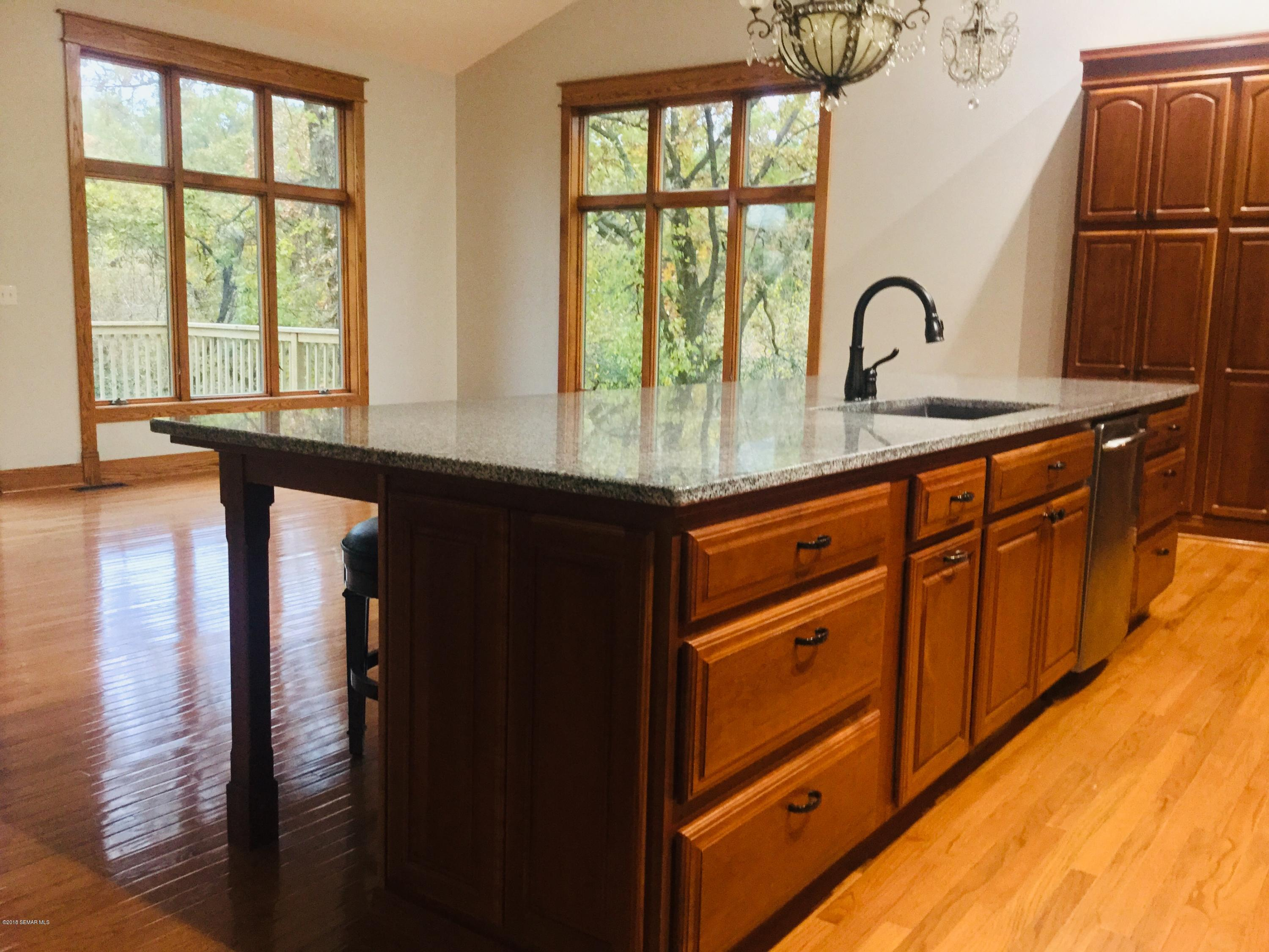 1650 Echo Ridge,Rochester,Minnesota 55902,5 Bedrooms Bedrooms,5 BathroomsBathrooms,Single family residence,Echo Ridge,4091926