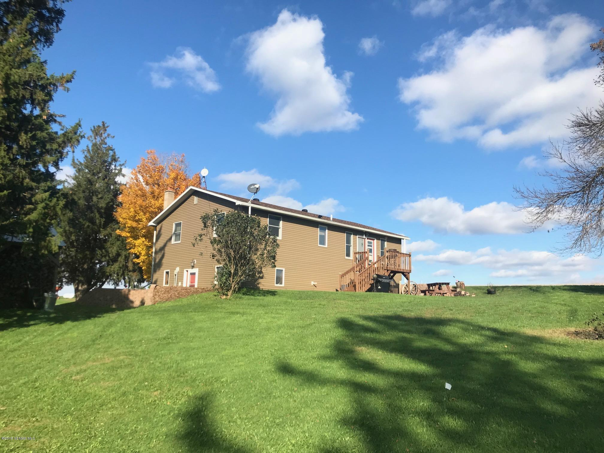 23722 Rolling Hills,Lewiston,Minnesota 55952,4 Bedrooms Bedrooms,2 BathroomsBathrooms,Single family residence,Rolling Hills,4091930