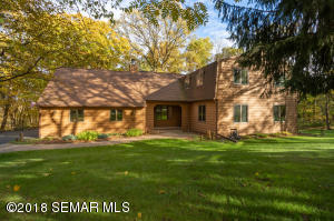 6950 Cottonwood Court NW, Rochester, MN 55901