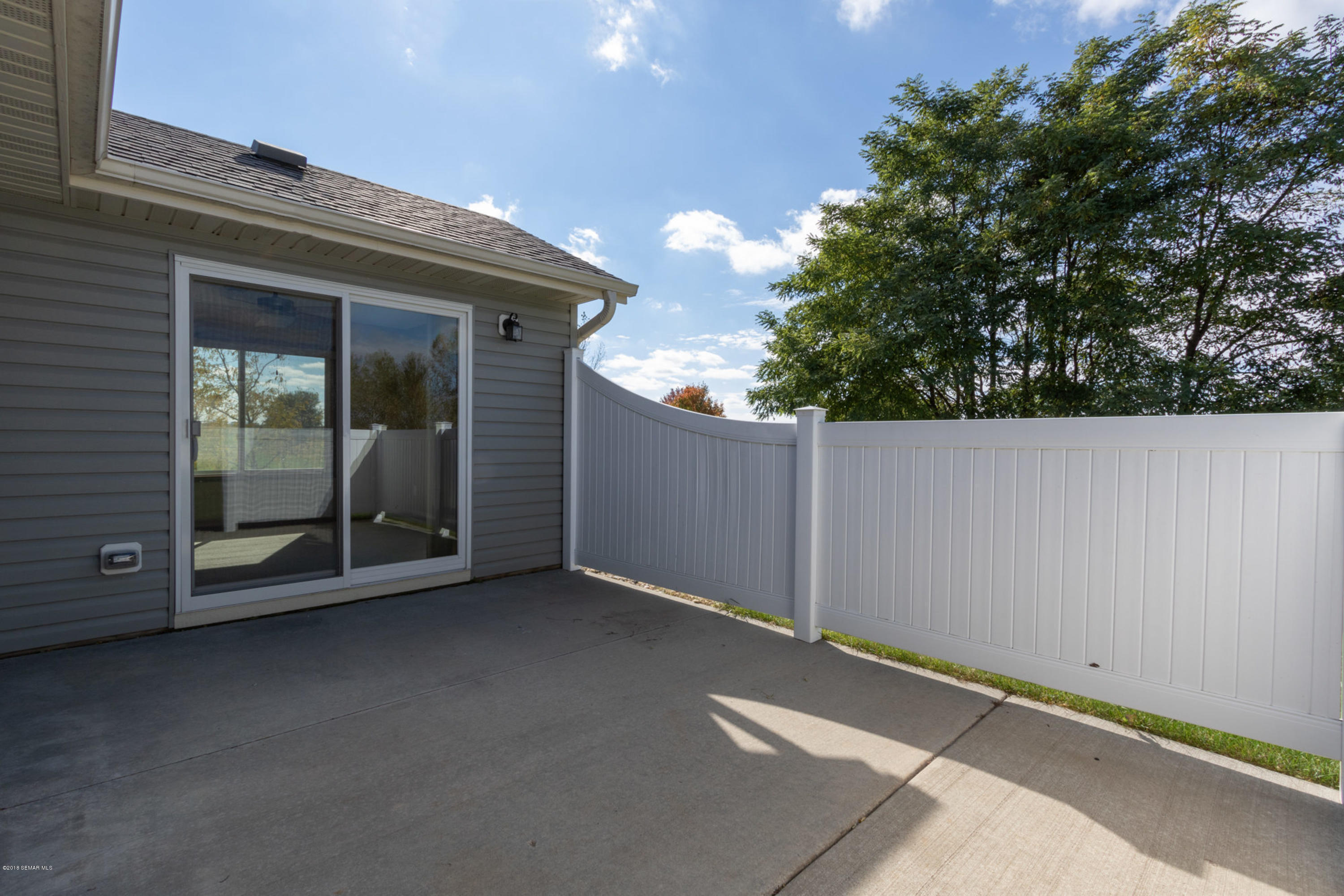 2528 Hawk Ridge,Rochester,Minnesota 55904,2 Bedrooms Bedrooms,2 BathroomsBathrooms,Townhouse,Hawk Ridge,4091937