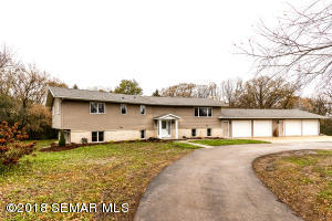 1260 60th Street SW, Rochester, MN 55902