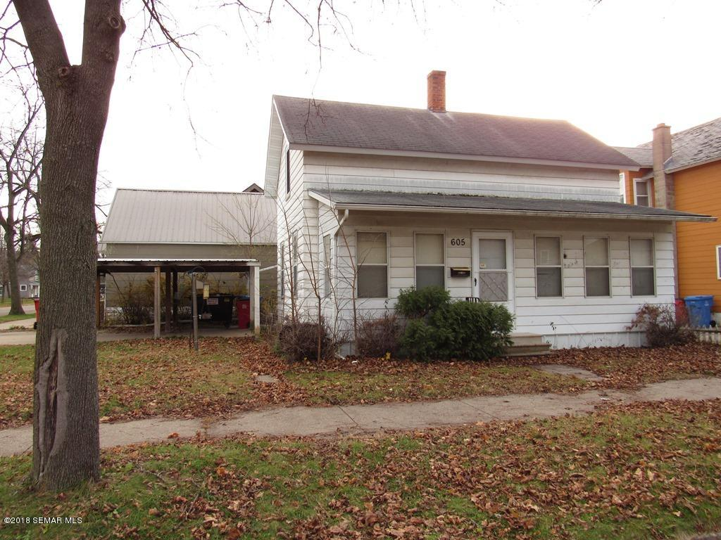 605 8th,Winona,Minnesota 55987,3 Bedrooms Bedrooms,1 BathroomBathrooms,Single family residence,8th,4092412