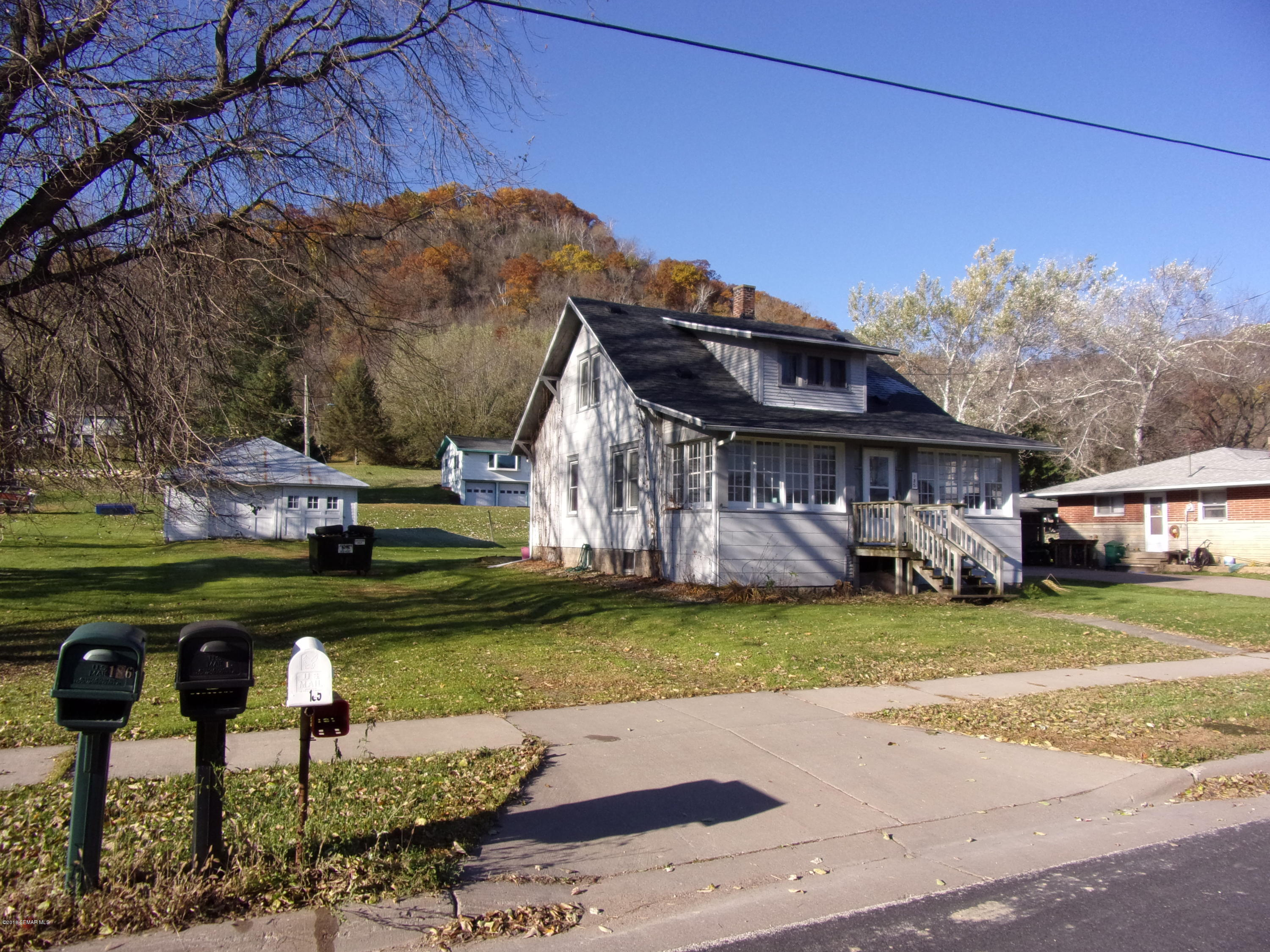 185 Broadway,Rollingstone,Minnesota 55969,3 Bedrooms Bedrooms,1 BathroomBathrooms,Single family residence,Broadway,4092428