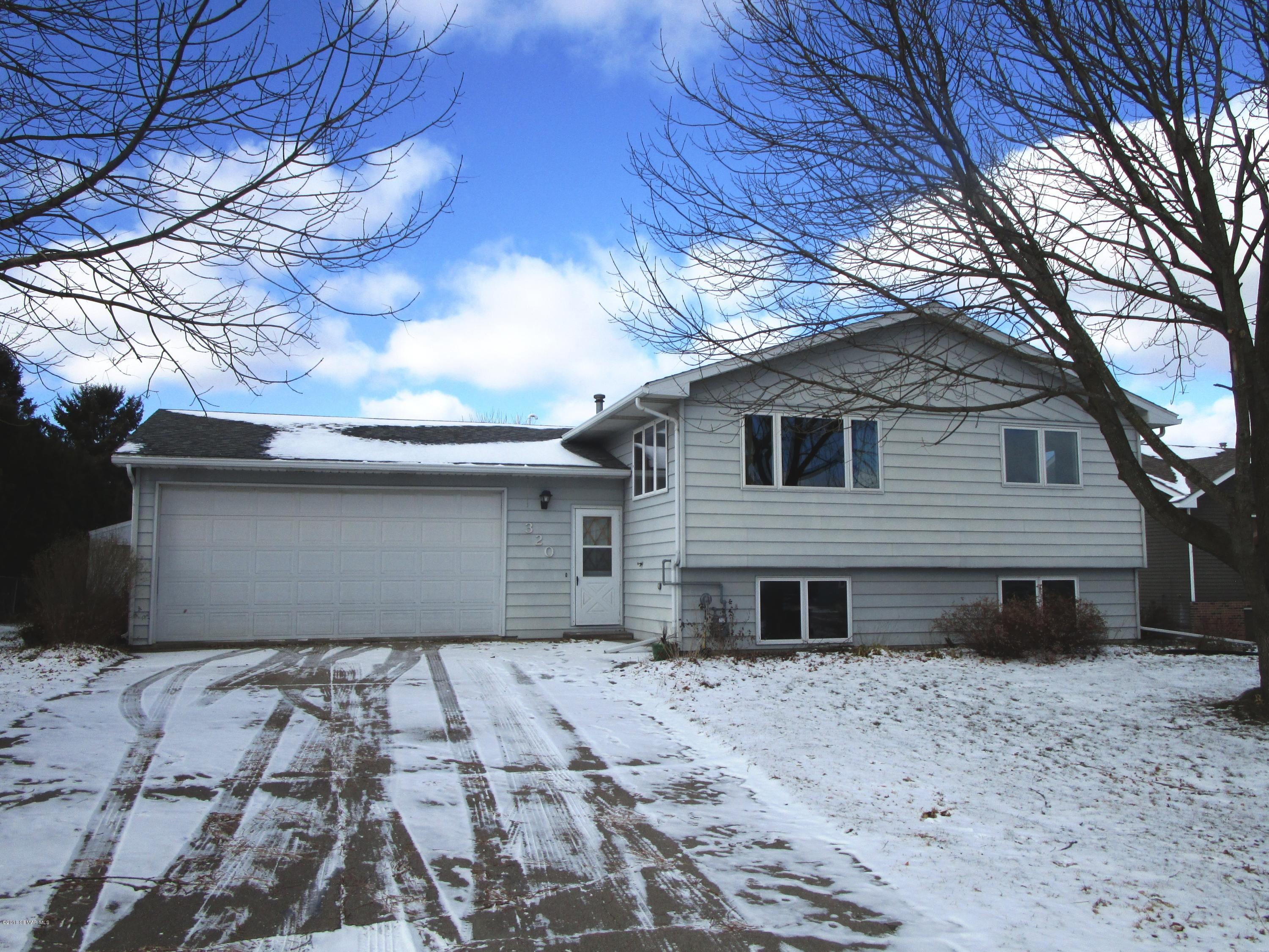 320 2nd,Plainview,Minnesota 55964,4 Bedrooms Bedrooms,2 BathroomsBathrooms,Single family residence,2nd,4092389