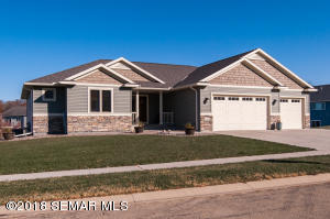 2919 Peterson Lane SE, Rochester, MN 55904