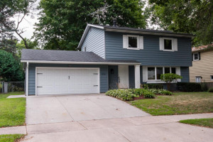 1108 Northern Heights Drive NE, Rochester, MN 55906
