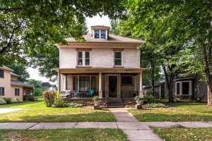 606 S Oak Street, Lake City, MN 55041