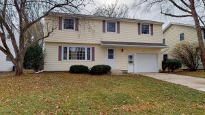 2322 23rd Street NW, Rochester, MN 55901