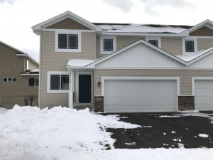 5080 61st Street NW, Rochester, MN 55901