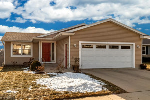 3038 Rose Heights Drive SE, Rochester, MN 55904