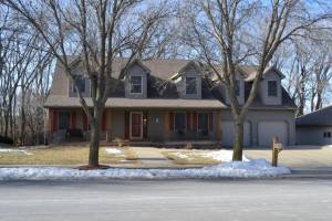 3707 Arbor Drive NW, Rochester, MN 55901