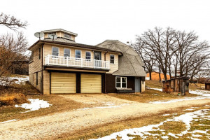 32946 S County Road 11, Millville, MN 55957
