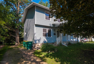 11 8th Avenue NW, Kasson, MN 55944