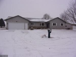 195 Benson Drive, Lewiston, MN 55952
