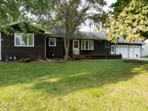 701 5th Street NW, Kasson, MN 55944