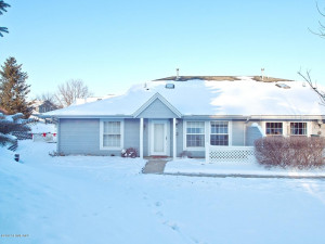 2731 Spyglass Court NW, Rochester, MN 55901