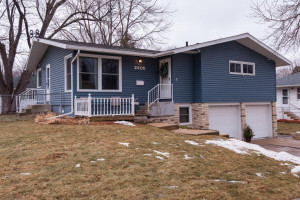 2405 24th Avenue NW, Rochester, MN 55901