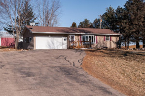 25714 State Highway 30, Hayfield, MN 55940