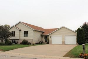 10 Benson Drive S, Lewiston, MN 55952