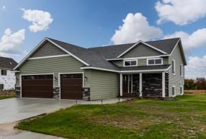 1565 Brandt Drive NE, Byron, MN 55920