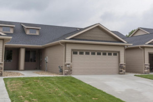 684 Shardlow Place NE, Byron, MN 55920
