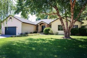 502 August Hills Drive, La Crescent, MN 55947