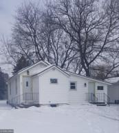 201 E Read Avenue, MN 55951