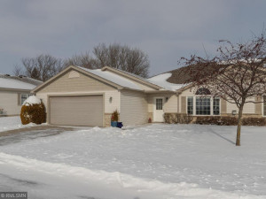 4527 Meadow Lakes Lane NW, Rochester, MN 55901