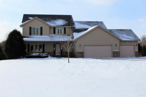 1255 Valley View Lane SW, Oronoco, MN 55960