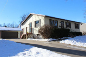 1308 40th Street NW, Rochester, MN 55901
