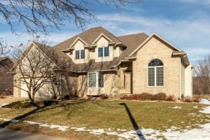 2629 Mayowood Lane SW, Rochester, MN 55902