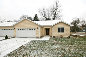 Beautiful new construction in a great location in Cokato. One level twin home, 3 bed 2 bath, open floor plan, maple flooring, tray ceiling, gas fireplace w/ built-ins, S.S. appliances, master bedroom w/ private master bath and walk-in closet.