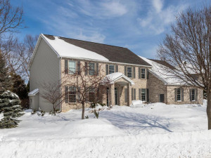 412 Eagle Lane SW, Rochester, MN 55902