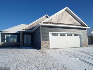 1105 Petersen Court NW, Stewartville, MN 55976