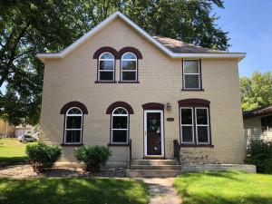 106 S Spring Avenue, Springfield, MN 56087