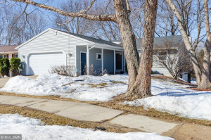 3415 Chalet Drive NW, Rochester, MN 55901