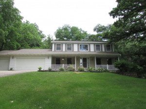 5214 Cameron Drive NW, Rochester, MN 55901