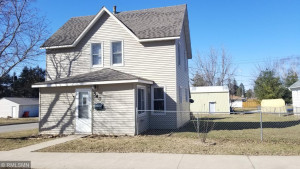 540 2nd Avenue NW, Plainview, MN 55964