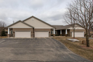 11749 Sandy Point Lane NE, Rochester, MN 55906