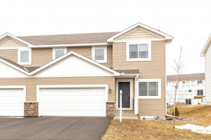 5143 Foxfield Drive NW, Rochester, MN 55901