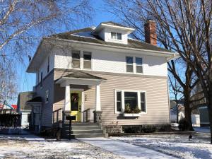 335 N Marshall Avenue, Springfield, MN 56087