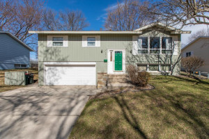 2417 5th Avenue NW, Rochester, MN 55901