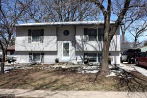 2407 Parkview Lane SE, Rochester, MN 55904