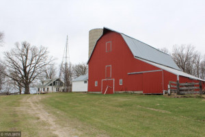8439 State 64 SW, Motley, MN 56466