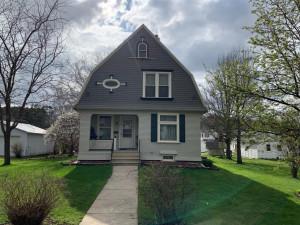 309 Oak Street N, Mabel, MN 55954